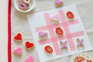 XOXO Tic Tac Toe Cookies
