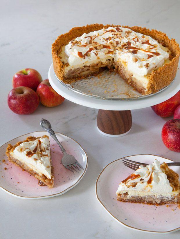 Caramel Apple Cheescake Pie