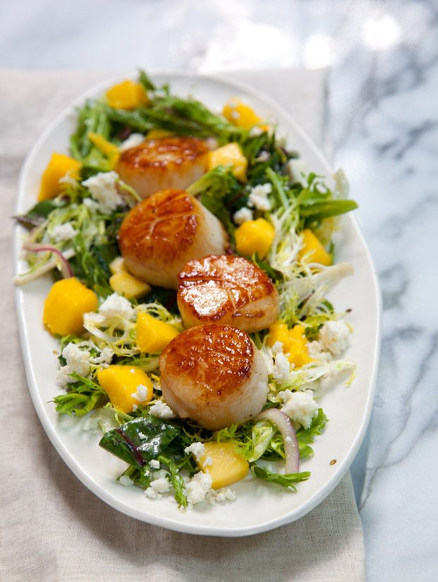 Mango Habanero Salad with Seared Scallops