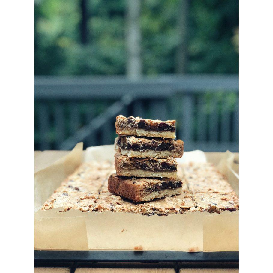 Bake Sale Winning-est Gooey Oat Bars